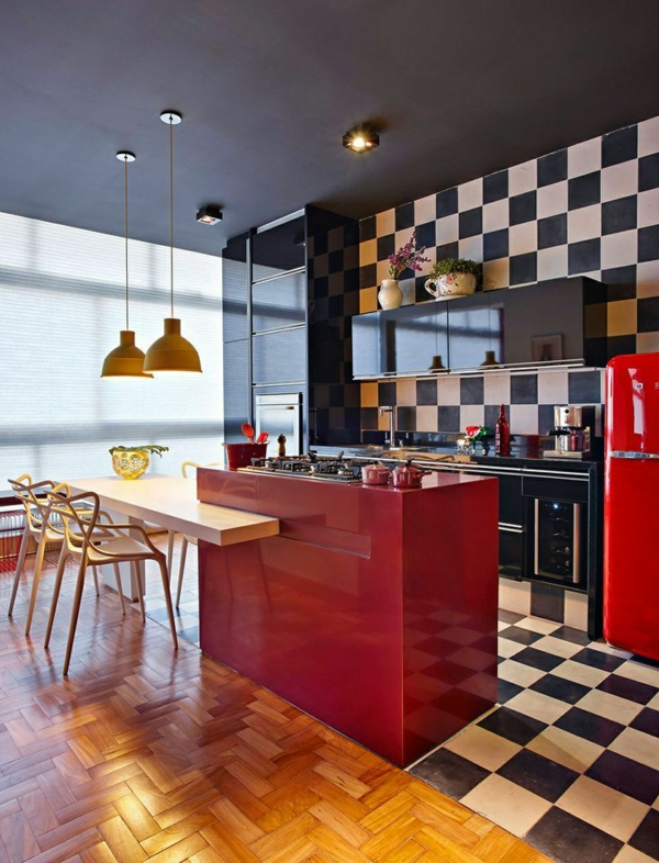 1-cuisine-rouge-parquet