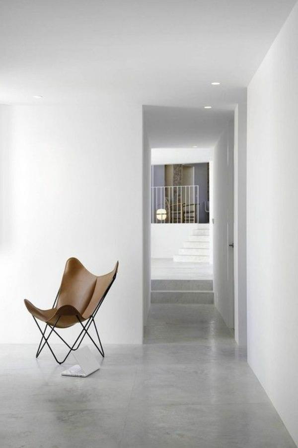 1-fauteuil-papillon-bois-salon-blanc
