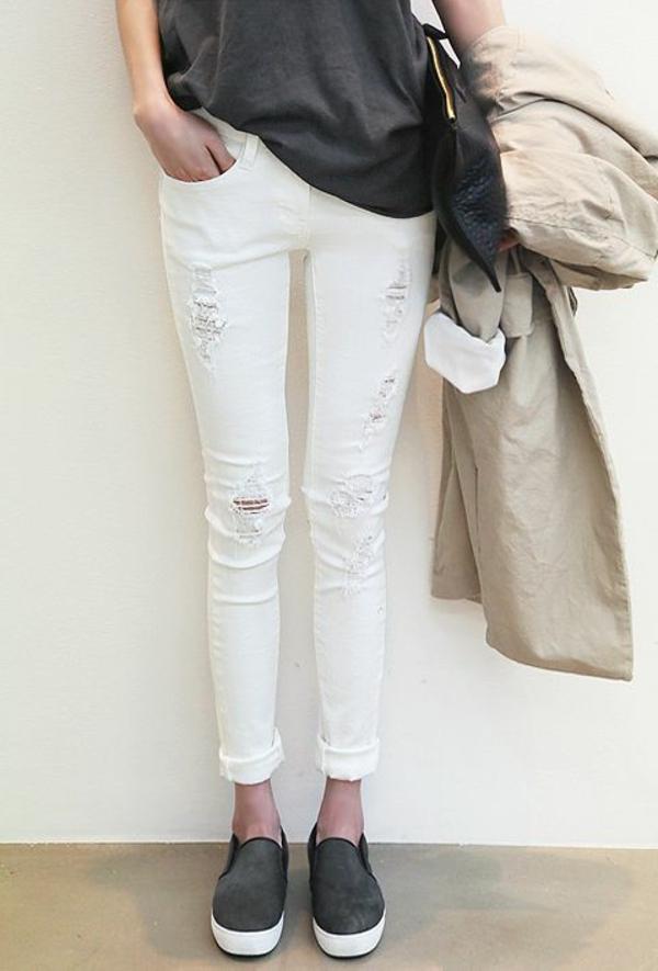 1-jean-blanc-troué-déchiré
