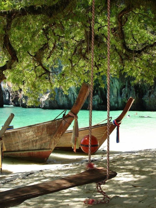 1-les-plus-belles-plages-du-monde-barque