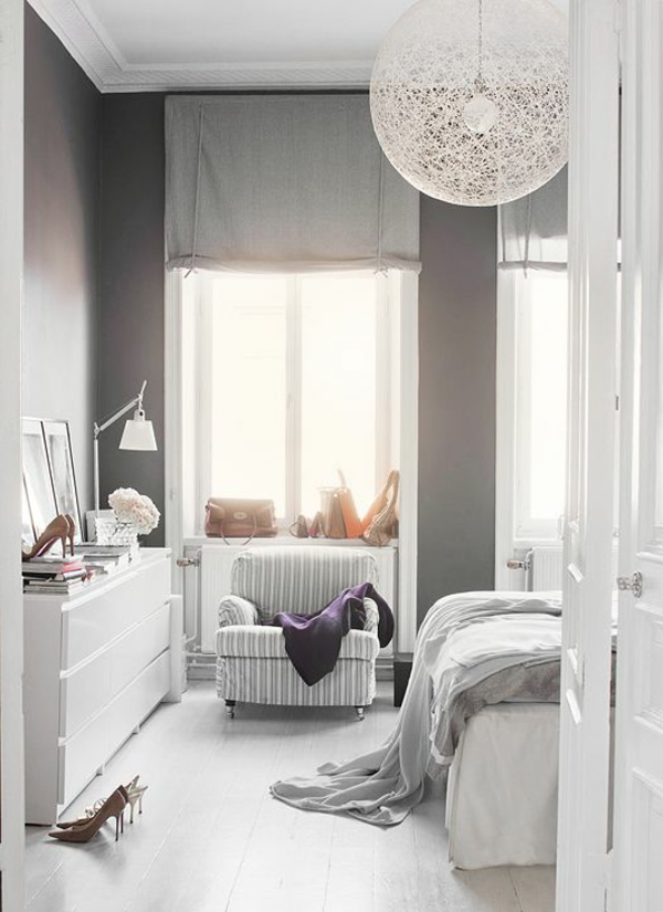 les variantes convenables pour la suspension blanche. Black Bedroom Furniture Sets. Home Design Ideas