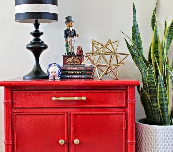 1-meuble-rouge-maison-intérieur