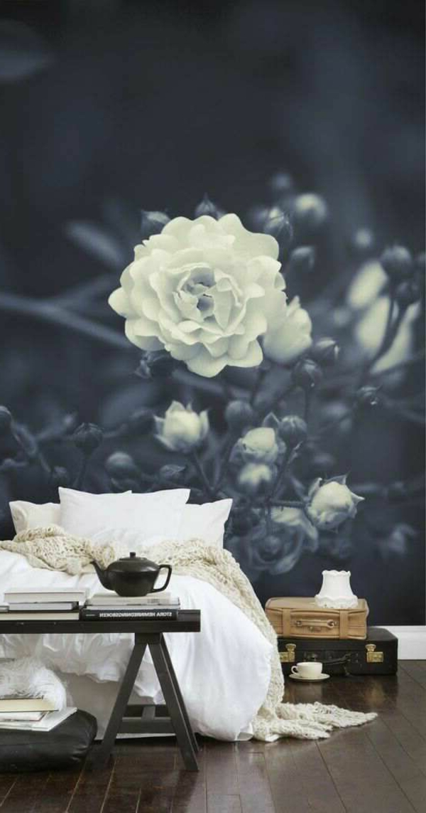 1-originale-mur-avec-fleur