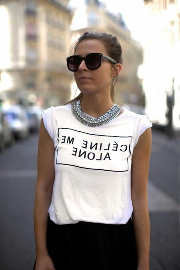 1-vêtements-moderne-femme-t-shirt