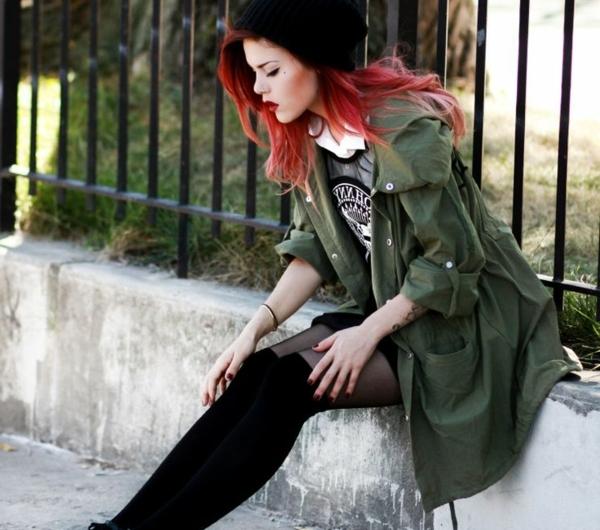 1-vêtements-modernes-femme-rue-chaussures-noirs