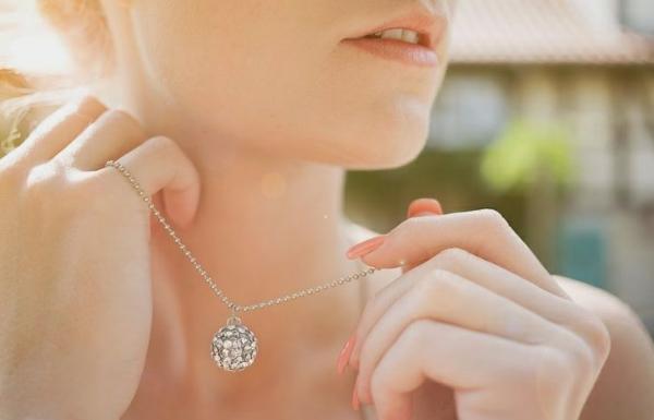 2-Collier-moderne-cristal-Swarovski-bijoux-ronde-cercle-avec-cristaux