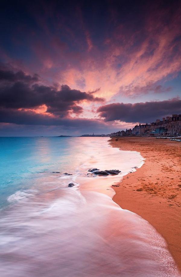 2-couche-destination-couche-de-soleil-au-bord-de-la-mer