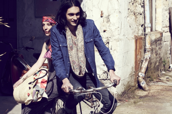 2-style-boheme-chic-robe-fulard-elle-lui-bicyclette
