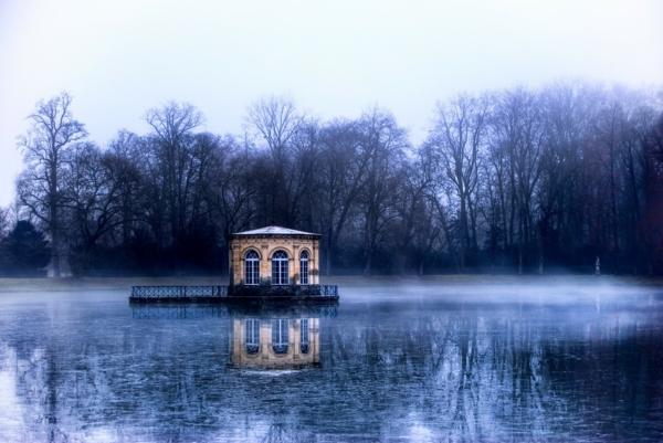 7-pavillon-de-letang-des-carpes-chateau-de-fontainebleau_site-classe-unesco-fontainebleau-resized