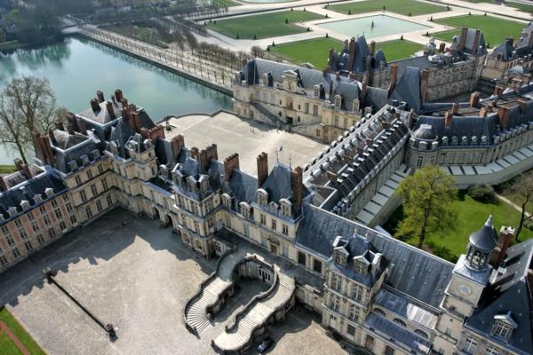 8-chateau-joli-Vue-aérienne-Fontainebleau-resized