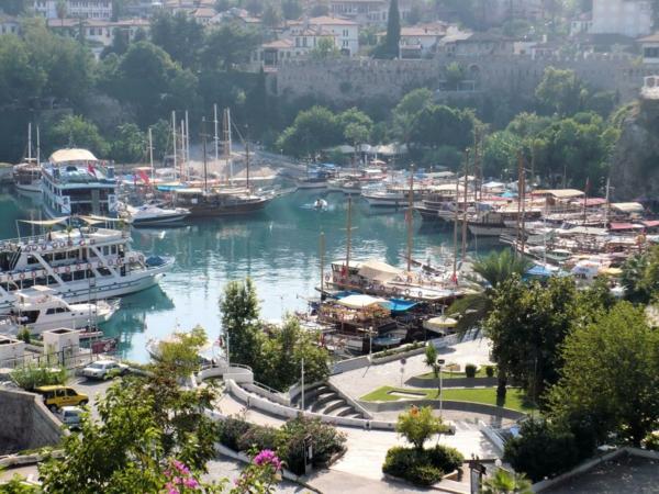Antalya-Turquie-des-vacances-de-merveille-le-port