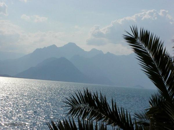 Antalya-Turquie-des-vacances-de-merveille-mer-et-montagne