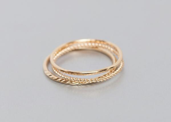 Bague-trois-anneaux-jolie-fin-or