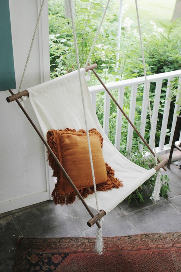 Balançoire-se-balancer-dans-le-jardin-idée-créative