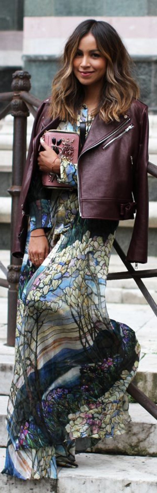 Blazer-en-cuir-tenue-spéciale-flottante-robe-longue