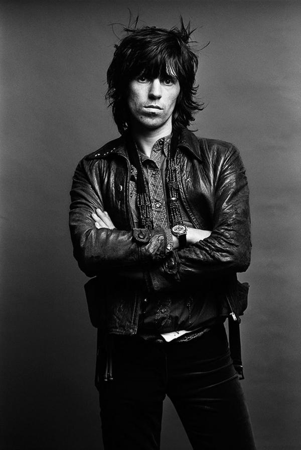 Blazer-en-cuir-tenue-spéciale-rockeur