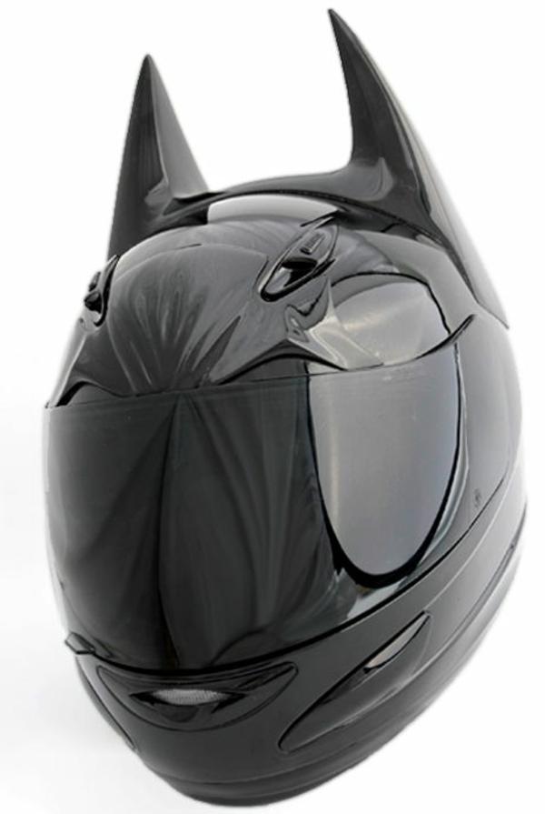 Casque-de-moto-original-batman