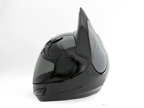 casque de moto original 60 id es cr atives. Black Bedroom Furniture Sets. Home Design Ideas
