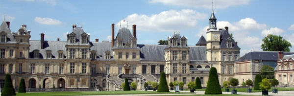 Chateau-de-Fontainebleau-vue-panorama-resized