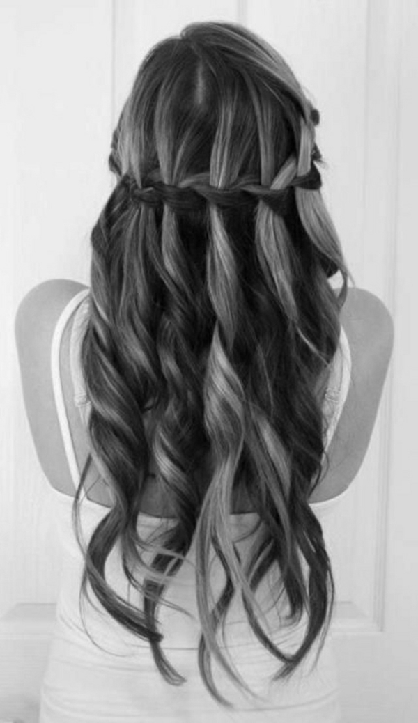 Coiffure-des-cheveux-long-waterfall
