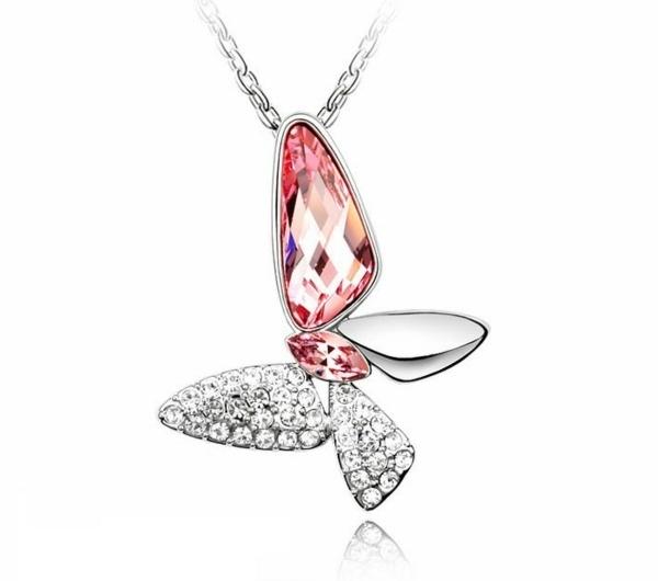 Collier-Swarovski-accessoire-jolie-idée-papillon-bijou