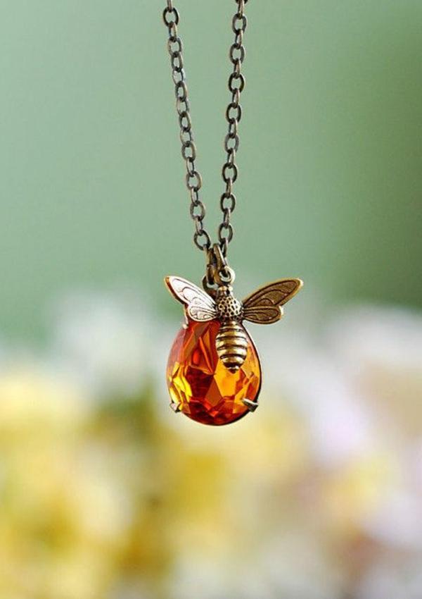 Collier-moderne-cristal-Swarovski-bijoux-original