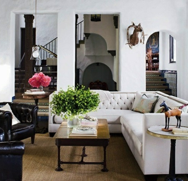 Confortable-sofa-grande-en-angle-ambiance-joviale-fleurs