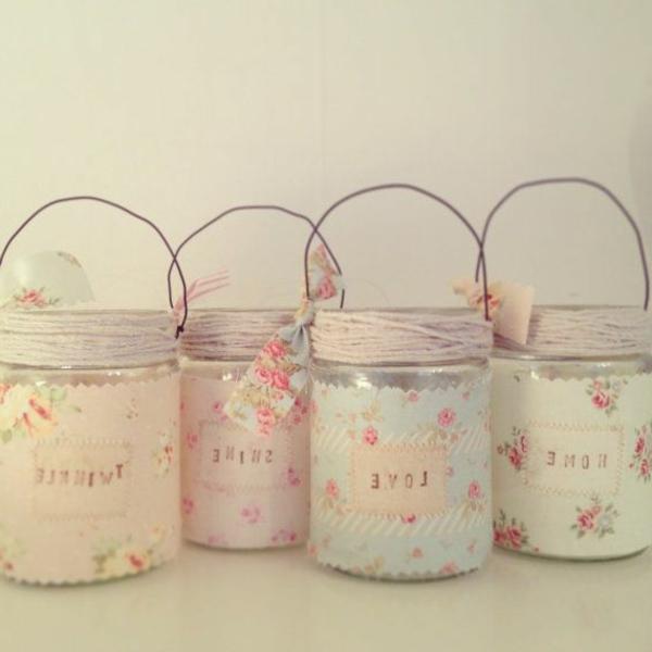Décoration-chambre-lumineuse-avec-bougies-pot-papier-peinte