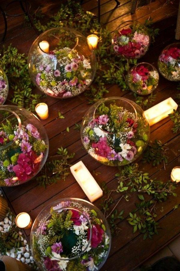 Décoration-florale-mariage-heureux-boules-lumiere