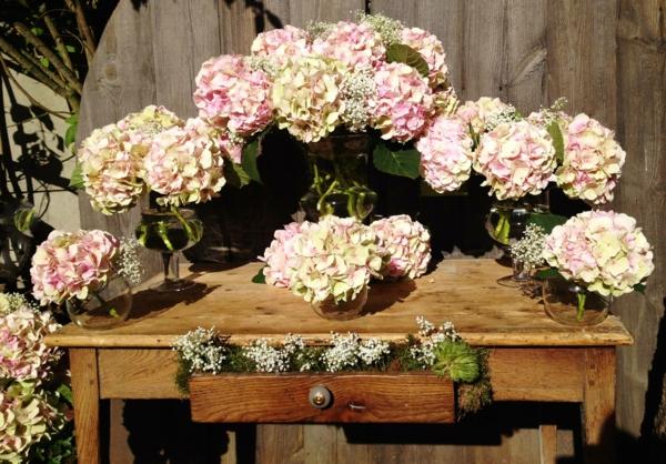 Décoration-florale-originale- mariée-cérémonie -fleurs