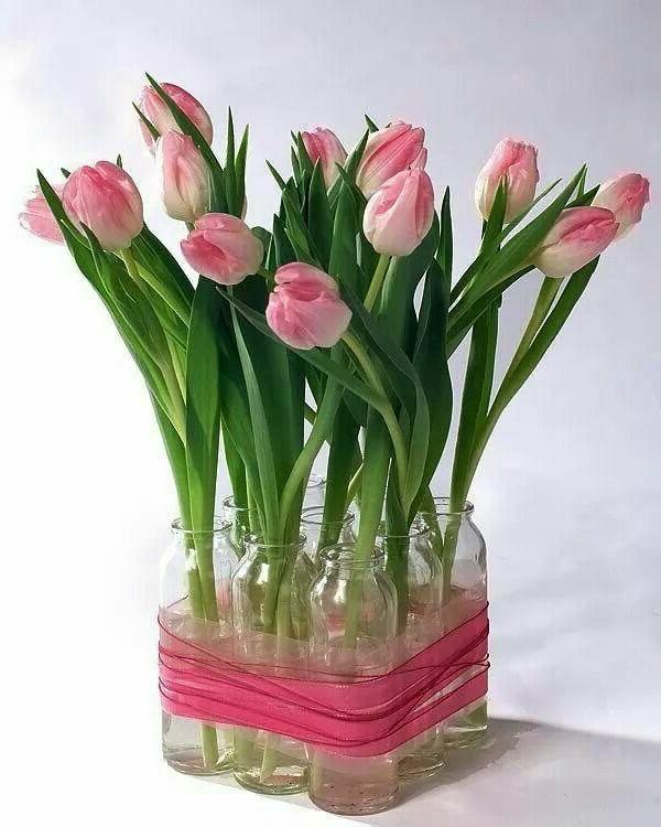 Décoration-florale-originale- mariée-cérémonie-tulips
