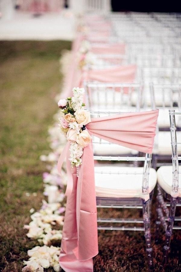 Deco-florale-marriage-fleurs-fraiches-blanc-rose