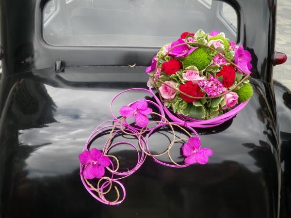 decoration voiture mariage sans fleur id es et d 39 inspiration sur le mariage. Black Bedroom Furniture Sets. Home Design Ideas