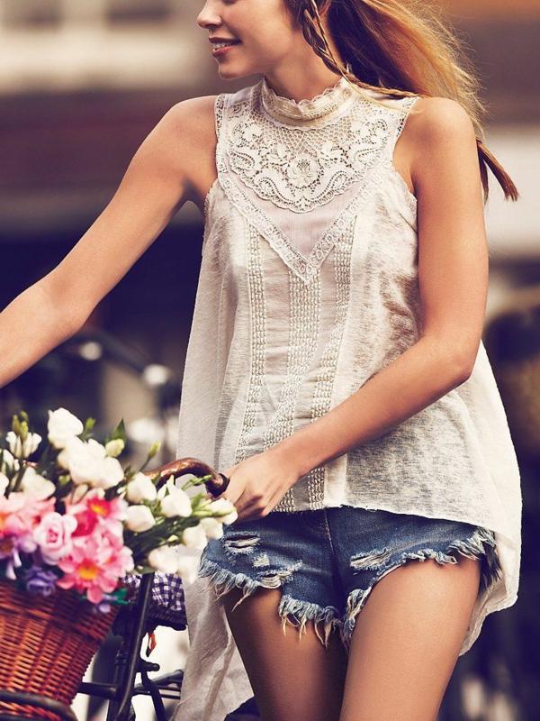 Etre-sportive-vêtement-cycliste-tenue-fleurs-vélo-pantalon-courte-resized