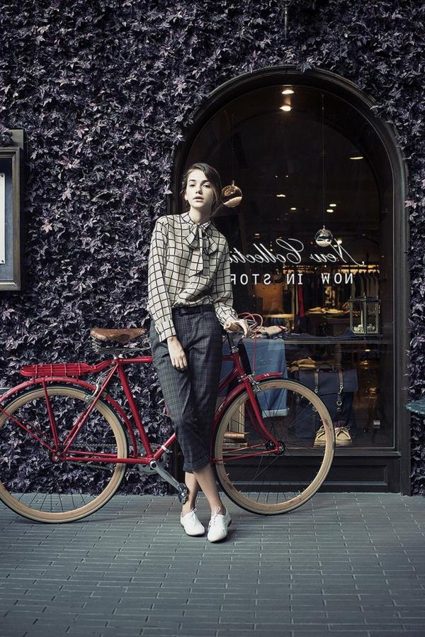 Etre-sportive-vêtement-cycliste-tenue-vintagé-carré-resized