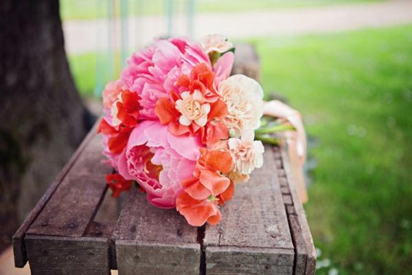 Fleur-mariage-composition-jolie-pivoines