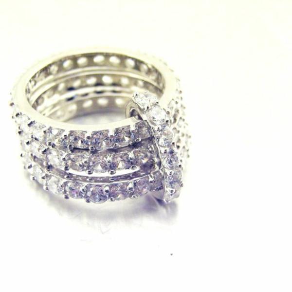 Idée-cadeau-jolie-bague-3-anneaux