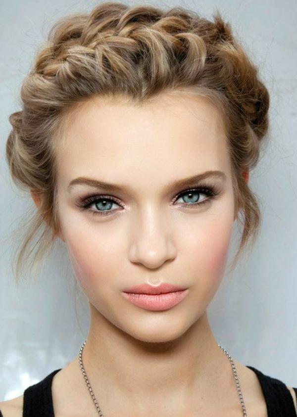 Idée-coiffure-jolie-cheveux-longs-modele
