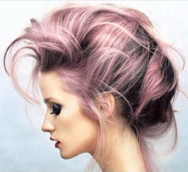 Idée-coiffure-jolie-cheveux-longs-roses