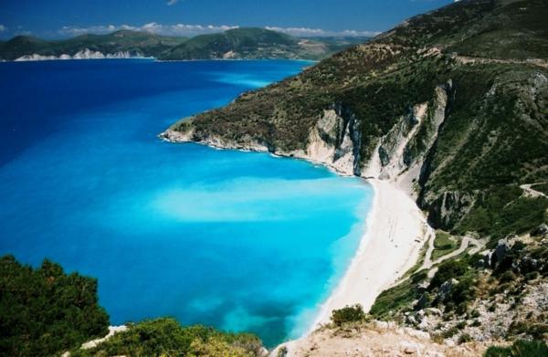 Ile-de-Santorin-paysage-joli-l'île-et-les-plages