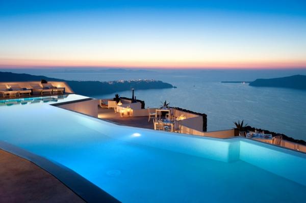 Ile-de-Santorin-paysage-joli-resized