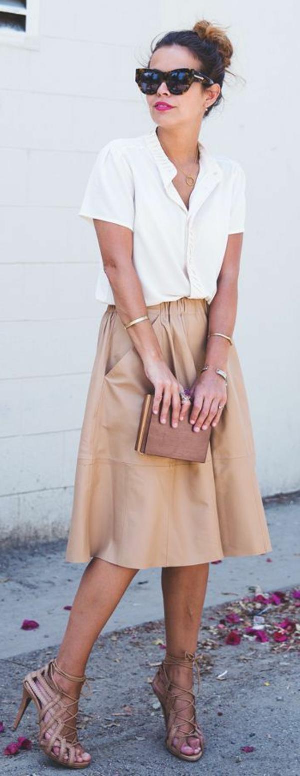 Jupe-cuir-vetements-jolies-style-le-beihe
