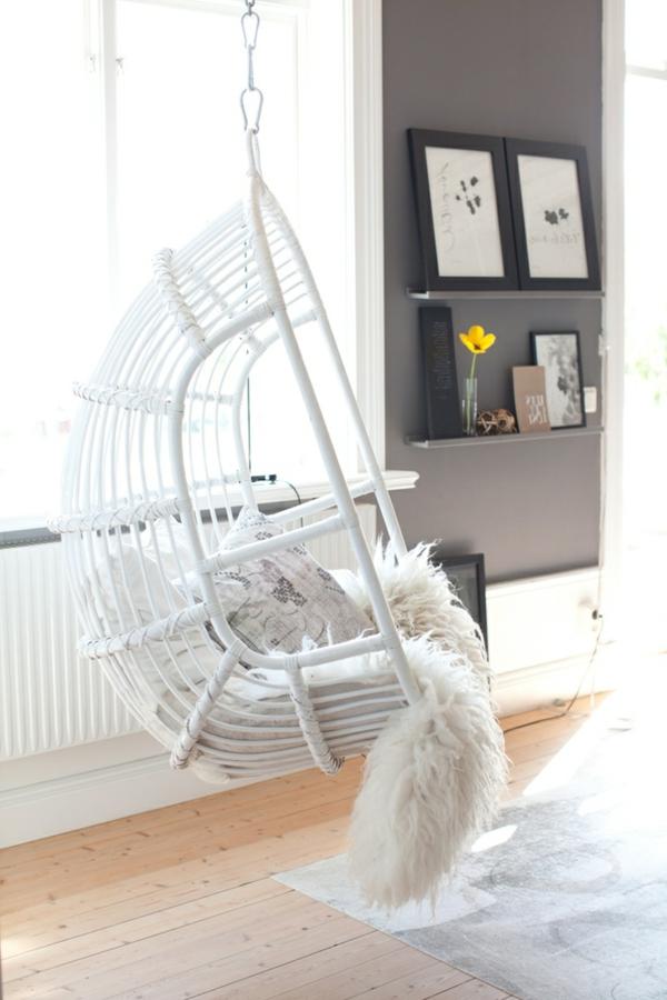 La-balançoire-blanc-séjour-amusement