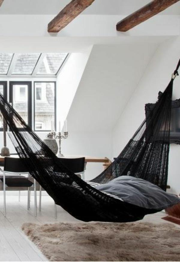 Les-balançoires-séjour-amusement-hamac-dans-la-maison