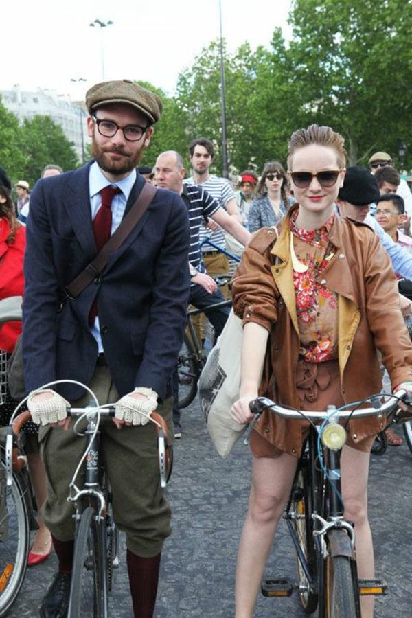 La-joie-de-bicyclette-tenue-de-sport-vintage-resized