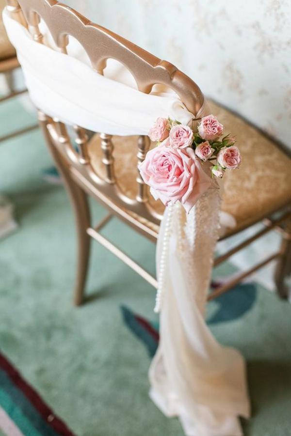 Les-fleurs-pour-mon-mariage-nature-chaise