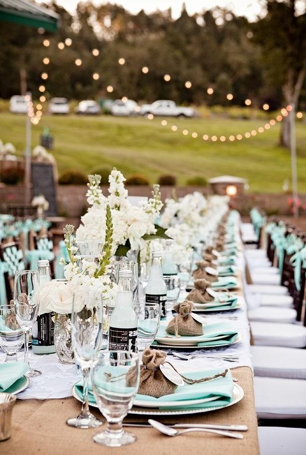 Les-fleurs-pour-mon-mariage-nature-table-bien-décorée