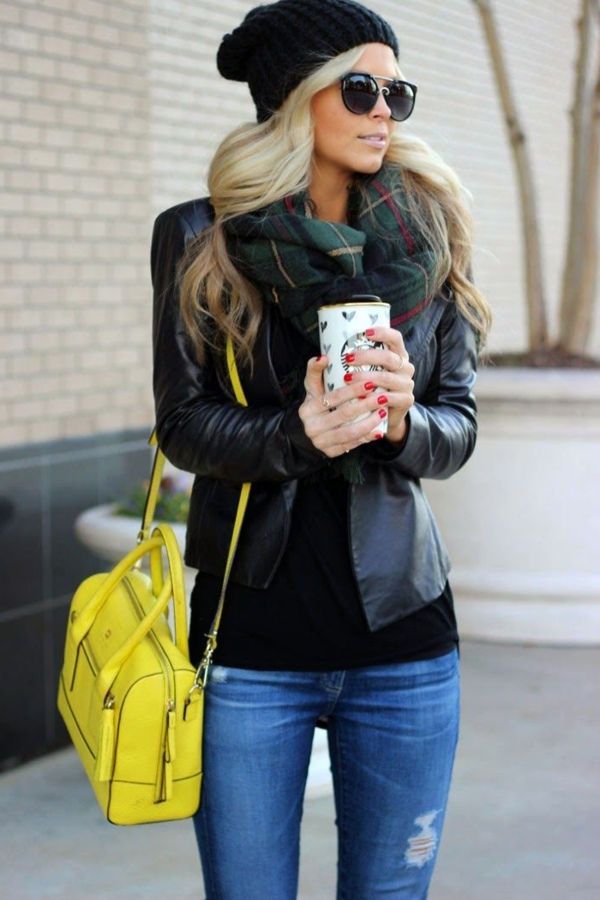 Mode-feminine-comment-s-habiller-veste-en-cuir-noir
