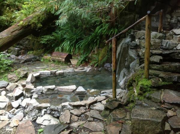 Source-d-eau-chaude-Washington-Goldmyer-hot-springs-resized