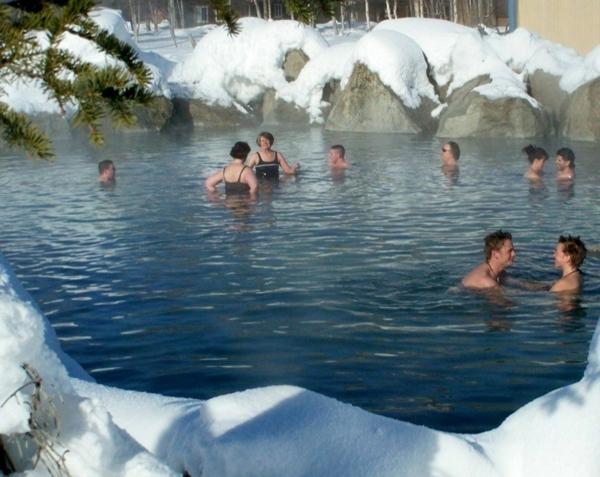 Source-d-eau-chaude-zele-l-hiver-chena-alaska